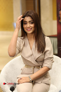 Actress Shriya Saran Stills in Stylish Dress at Gautamiputra Satakarni Team Press Meet  0060.JPG