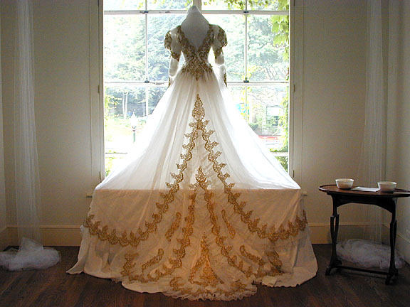 Nothing But Beauty: Wedding Dresses GOLD