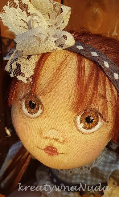 siostra z brązowymi oczami…