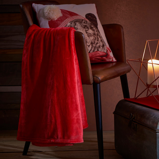 FIVE WAYS TO MAKE YOUR HOME COSY FOR AUTUMN