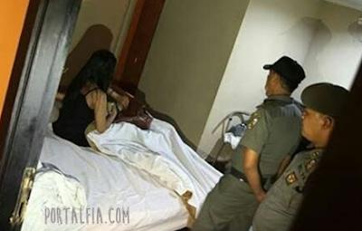 Mantan Anggota Dewan Pidie, Aceh M35um dengan istri Orang di Kontrakan