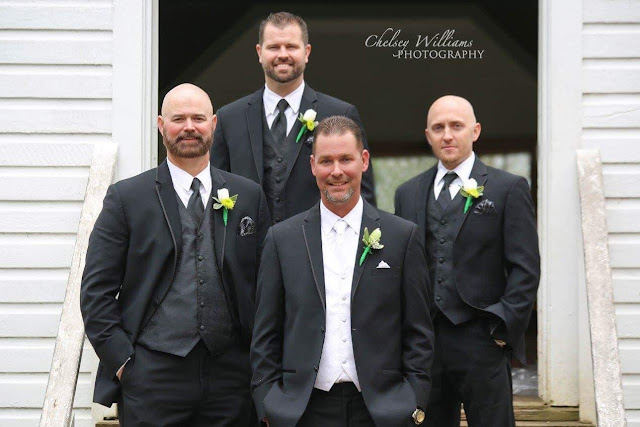 groomsmen, wedding tux, green wedding