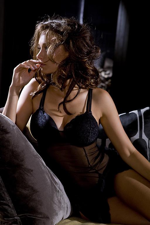Hollywood Babe: Deanna Russo