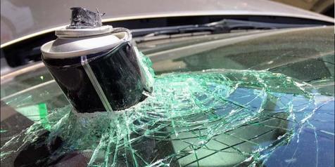 Ini Efek Berbahaya Jika Menyimpan Hairspray Dalam Mobil