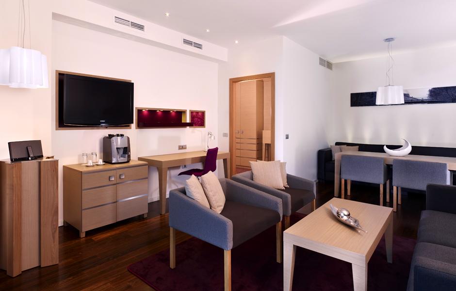 DoubleTree by Hilton Oradea Rumunia apartament suite