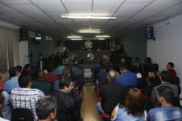 Senador Canedo: Resumo das sessões dos dias 06, 07 e 08/11
