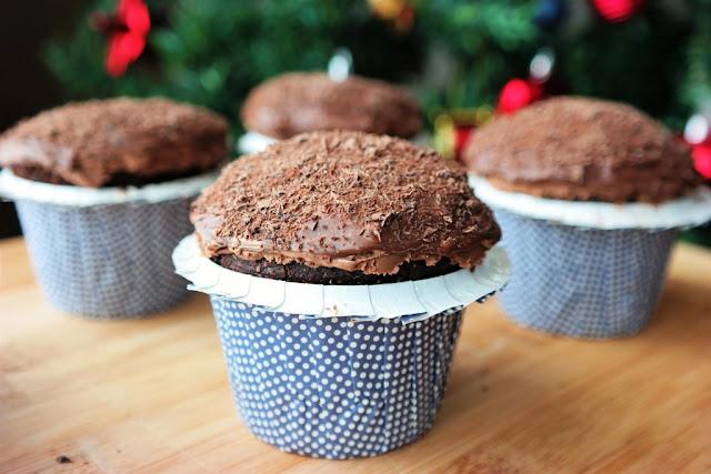 Üç Unlu Çikolatalı Muffin