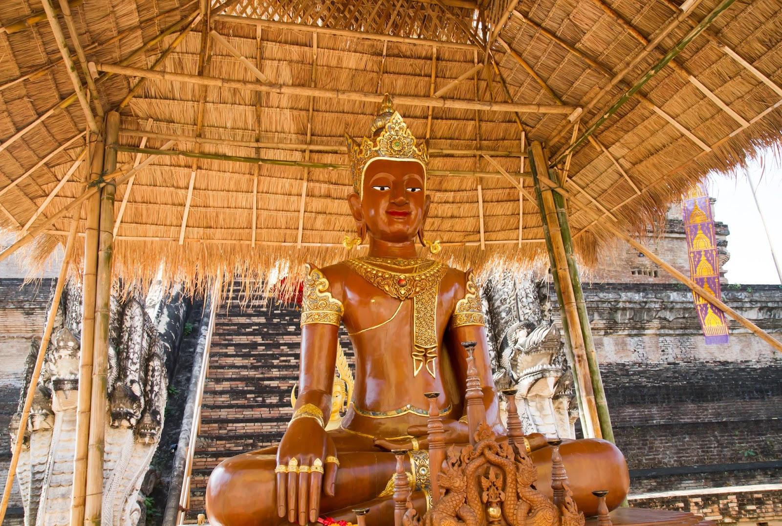 buddha at Wat Chedi Luang Worawihan in Chiang Mai, Thailand