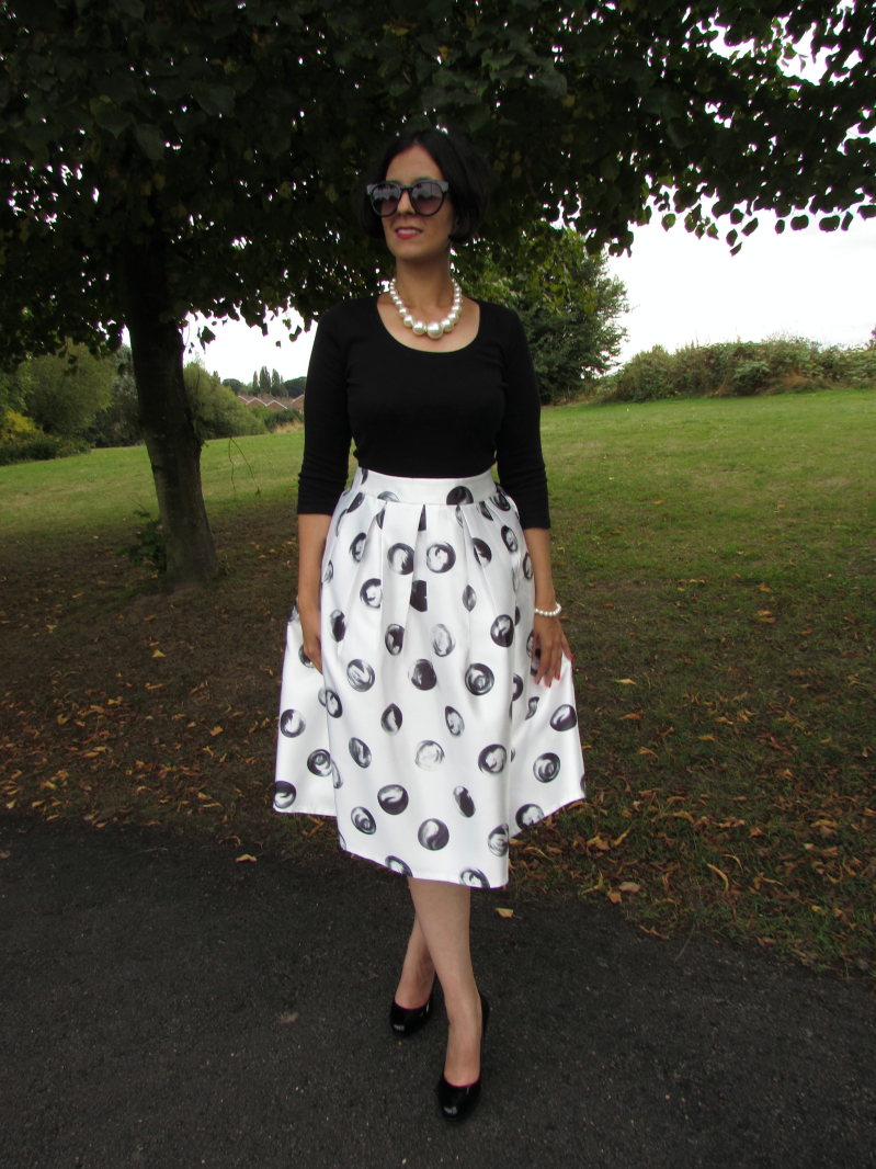 Dotted full midi skirt