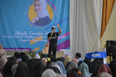 Dari Pemulung Menjadi Entrepreneur Sukses, Hengki Kurniawan Motivasi Mahasiswa Darmajaya