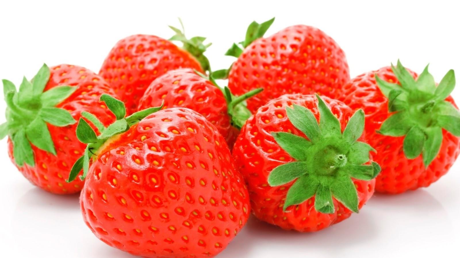 Manfaat Lengkap Stroberi untuk Kesehatan dan Kecantikan