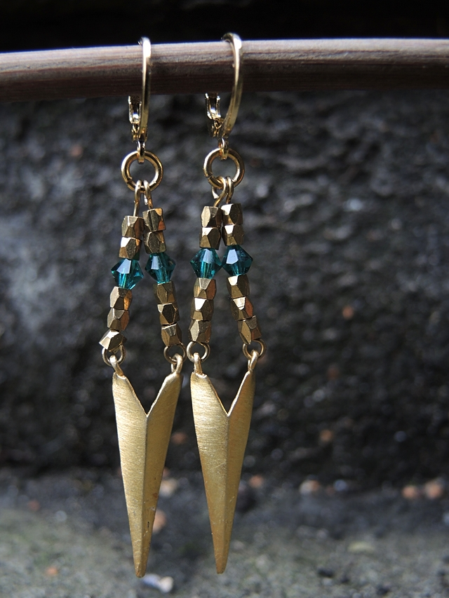 free tutorial for blingbling earrings for new years eve