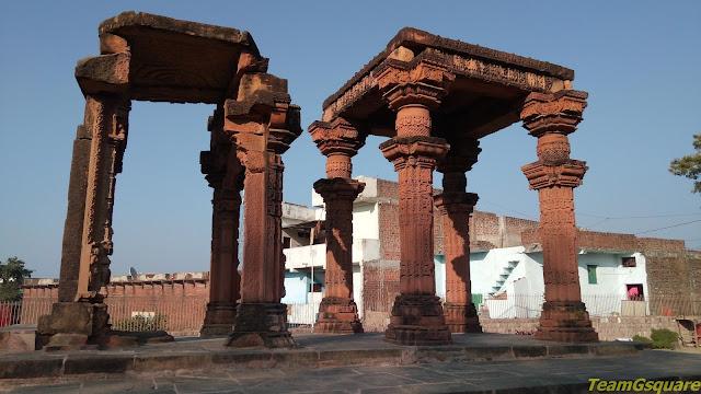 Ath Khamba Gyaraspur