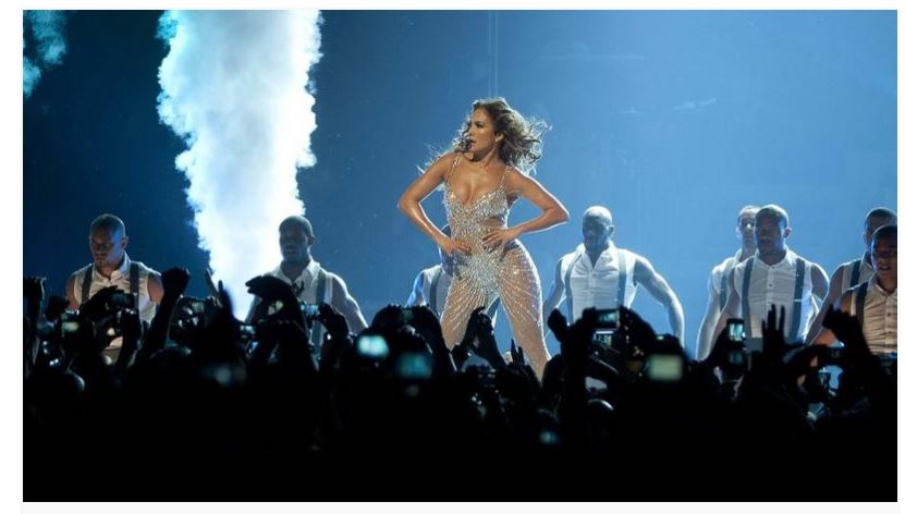 Jennifer Lopez recibe demanda
