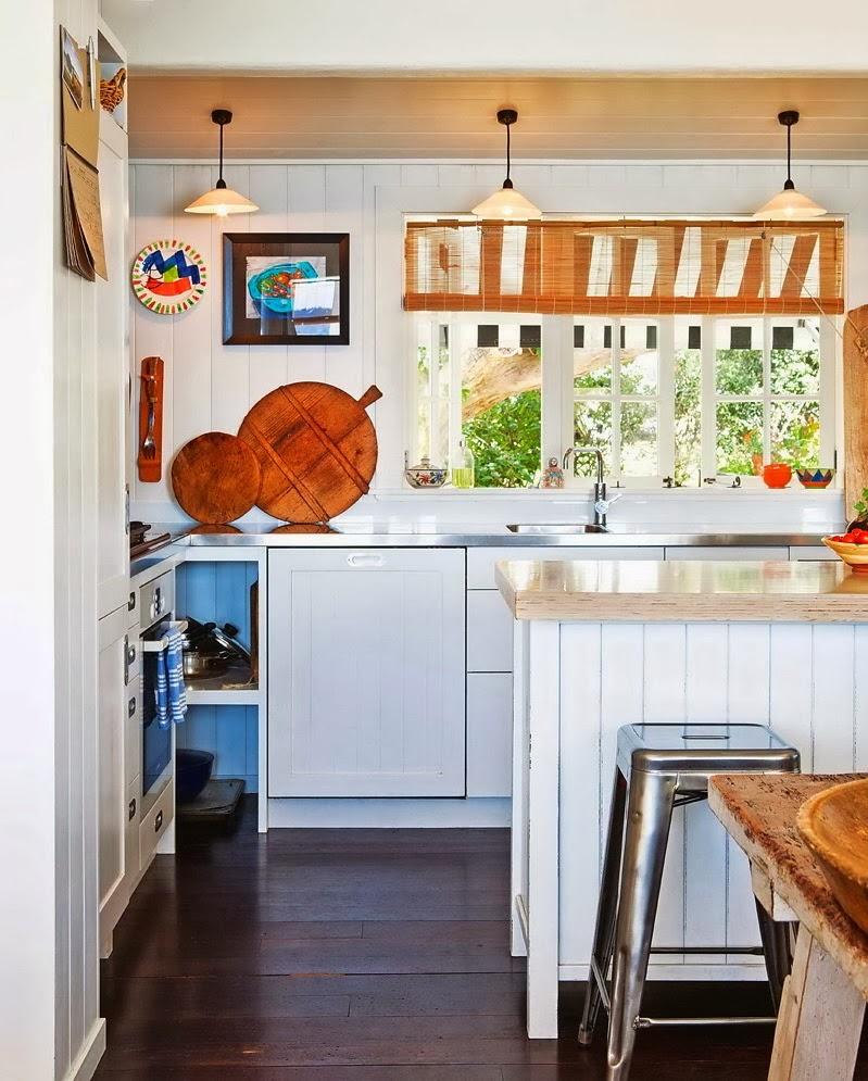 Domek przy plaży w Nowej Zelandii, wystrój wnętrz, wnętrza, urządzanie domu, dekoracje wnętrz, aranżacja wnętrz, inspiracje wnętrz,interior design , dom i wnętrze, aranżacja mieszkania, modne wnętrza, domek wakacyjny, kuchnia