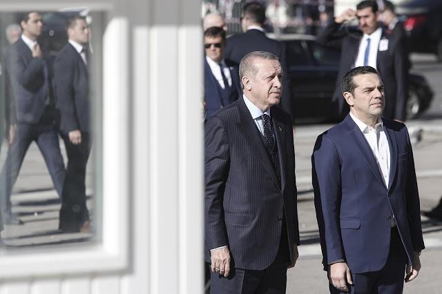 """Τσίπρας: """"Δεν είπα ποτέ στον Ερντογάν ότι θα επιστραφούν οι οκτώ"""""""