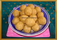 http://www.momrecipies.com/2010/01/til-ladoo-sesame-seeds-ladoo.html