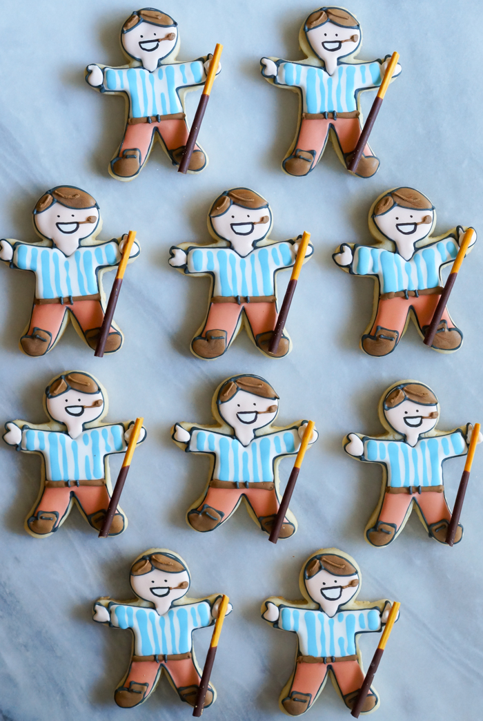 how to make Pier Giorgio Frassati decorated cookies | bakeat350.net