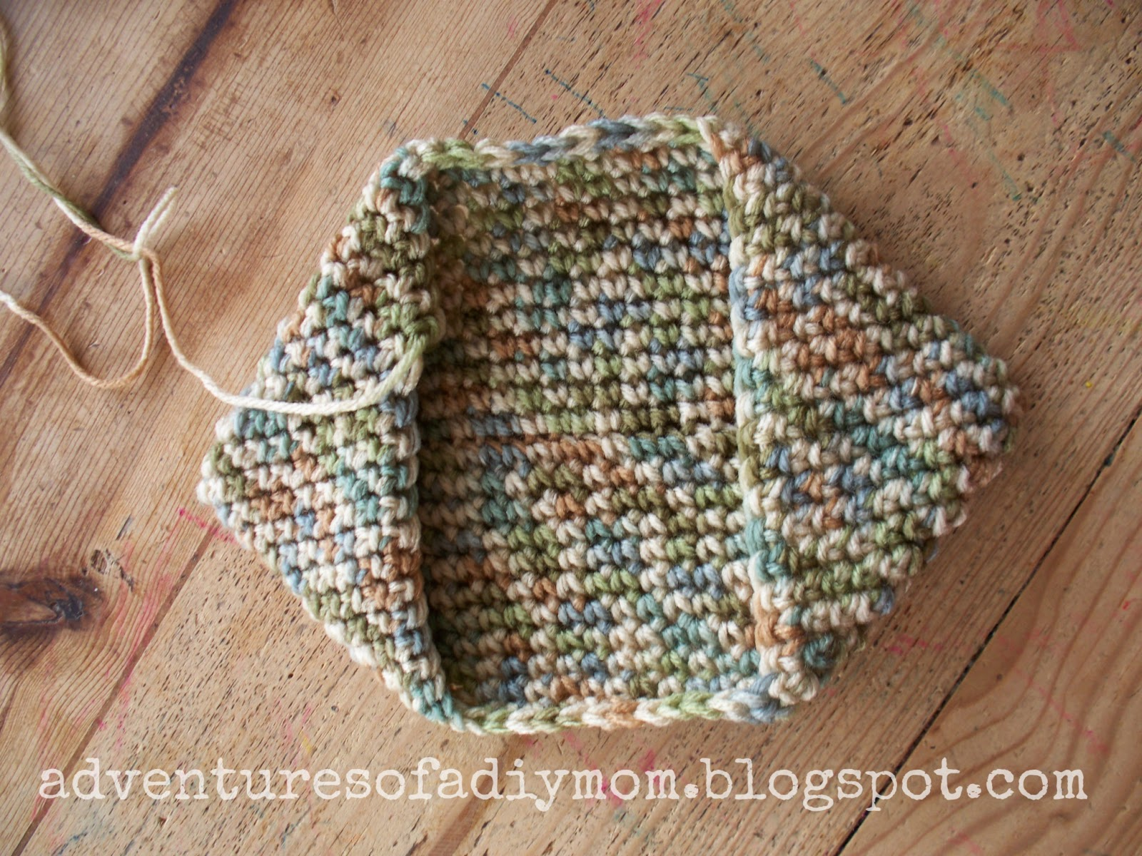 How to Crochet a Hotpad - Super easy version! - Adventures of a DIY Mom