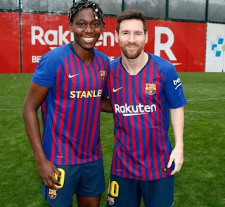 Agege To The World! Asisat Oshoala Meets Lionel Messi At Training ( Photo)
