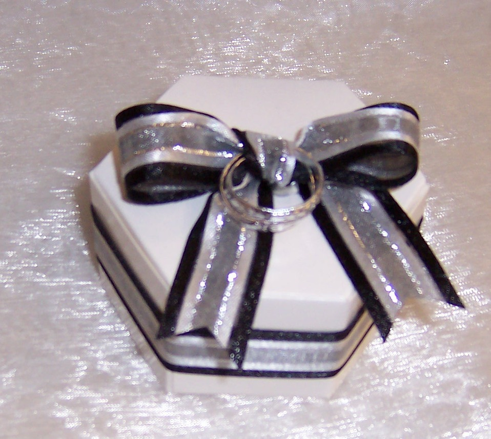 Ideas And Inspirations: Even More Quick & Easy Wedding Favors