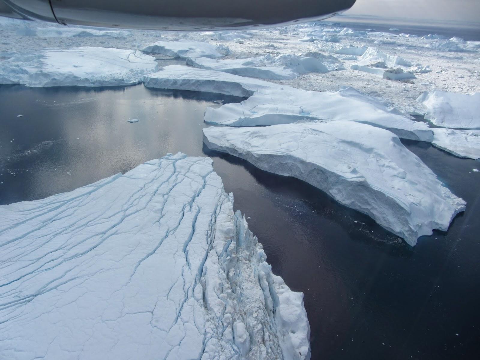 Um VOO CÉNICO sobre o glaciar de Ilulissat (uma experiência de outro mundo) | Gronelândia