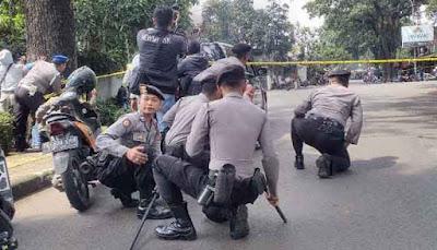 Polisi Mengepung, Muncul Suara Ledakan di Kelurahan Arjuna Bandung