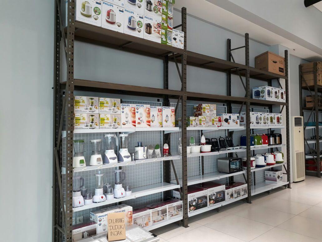 46+ Contoh Rak Kayu Minimarket, Untuk Mempercantik Ruangan