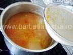Supa de cartofi preparare reteta - punem smantana cu oul