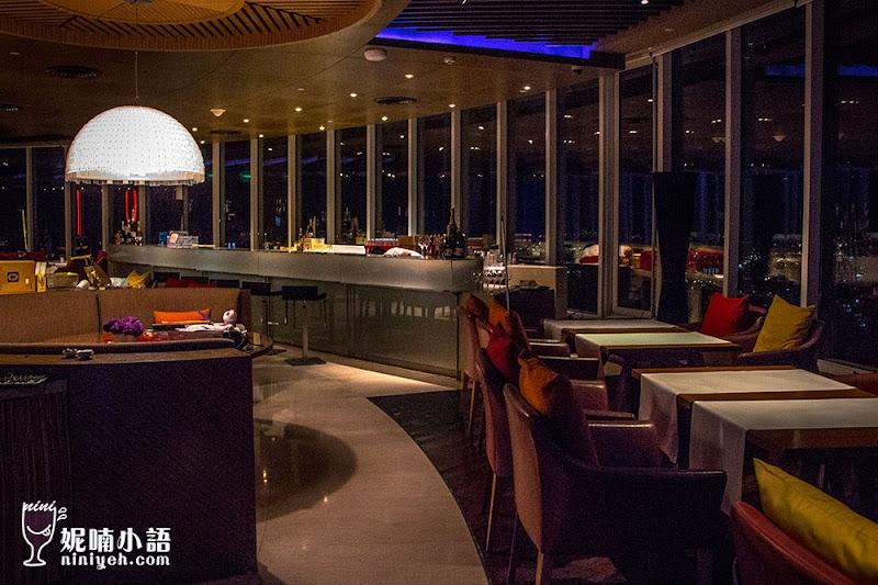 【曼谷景點】Red Sky Bar。消費門檻最低的雙層高空酒吧