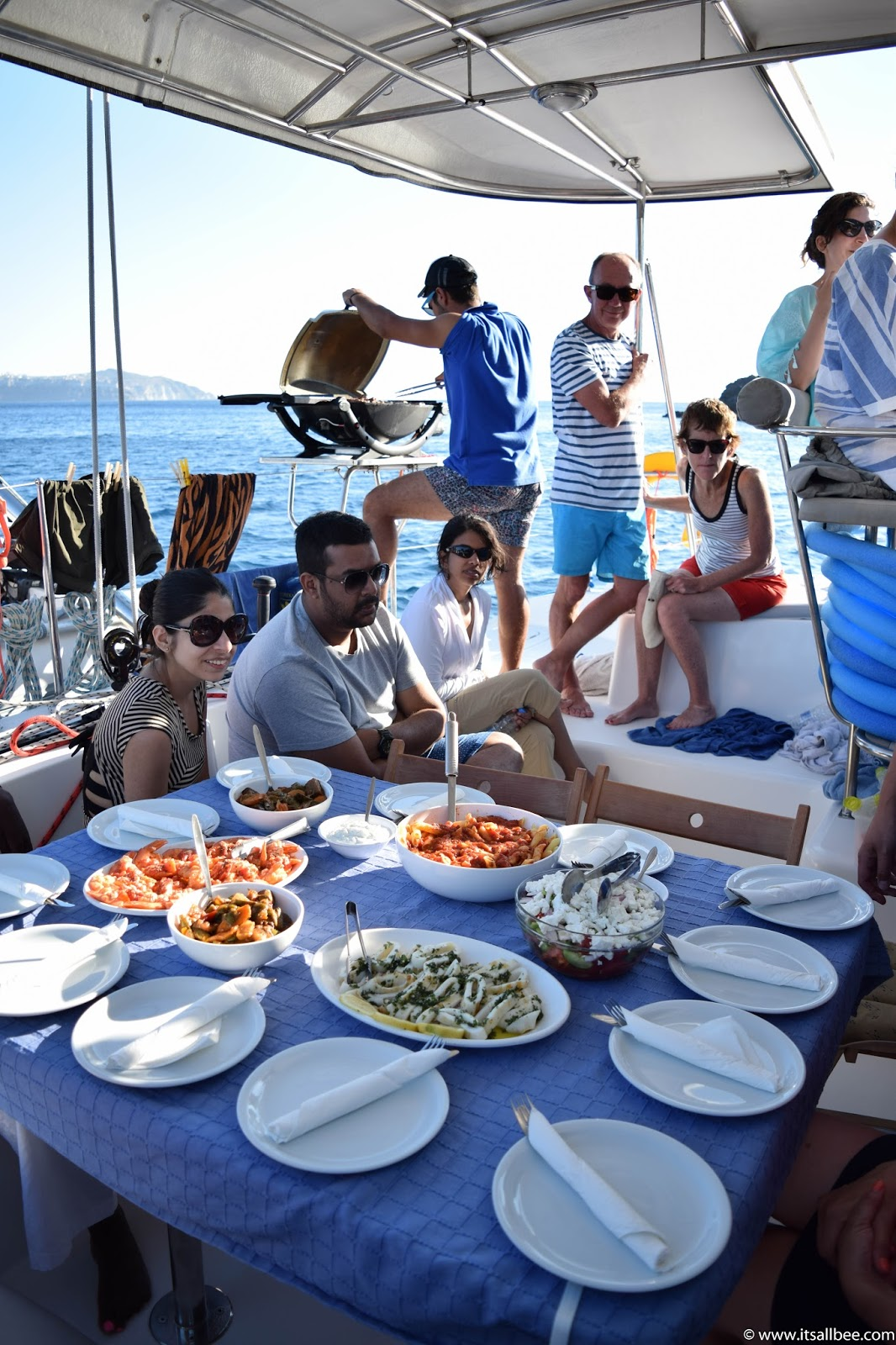 Sailing Greek Islands | sailing tours santorini