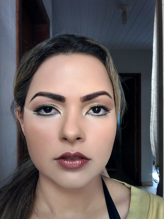 Foto tutorial maquiagem Kalesi