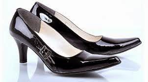 model sepatu pantofel wanita terbaru