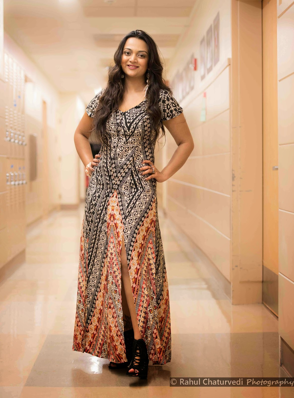 Bohemian style, Bohemian long dress, How to dress up in Bohemian style, Girl in long dress, Seattle fashion blogger, Ananya Kiran