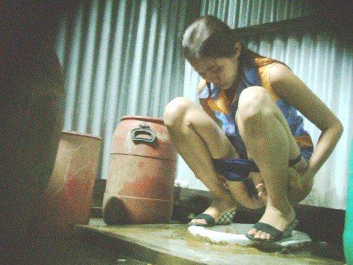 Indonesia ngintip pasangan mesum dari siling - 1 7