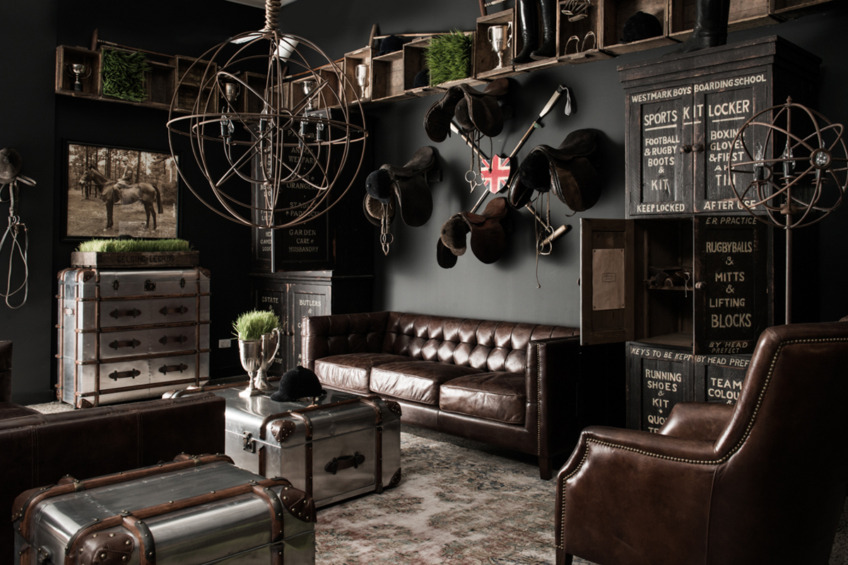 Boiserie c british style industrial vintage for Arredamento vintage roma