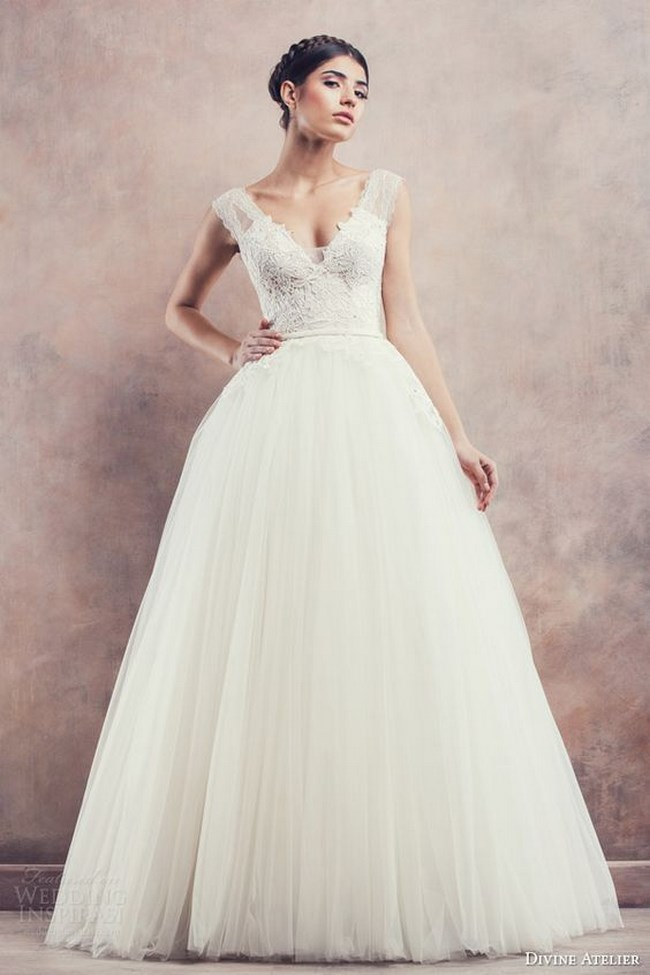 Vestidos de novia corte princesa con corset
