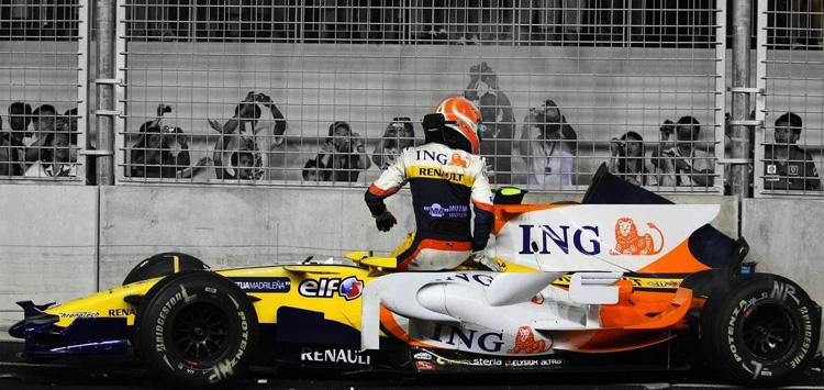 Nelson Piquet Jr. (Renault), crashgate, Singapur 2008