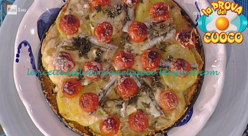 Torta di alici pastellate e patate ricetta Moroni da Prova del Cuoco