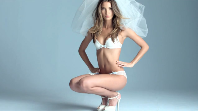 55ed8ab5d8 Lily Aldridge (Sexy Little Bride Commercial 2011) +video behind the scenes