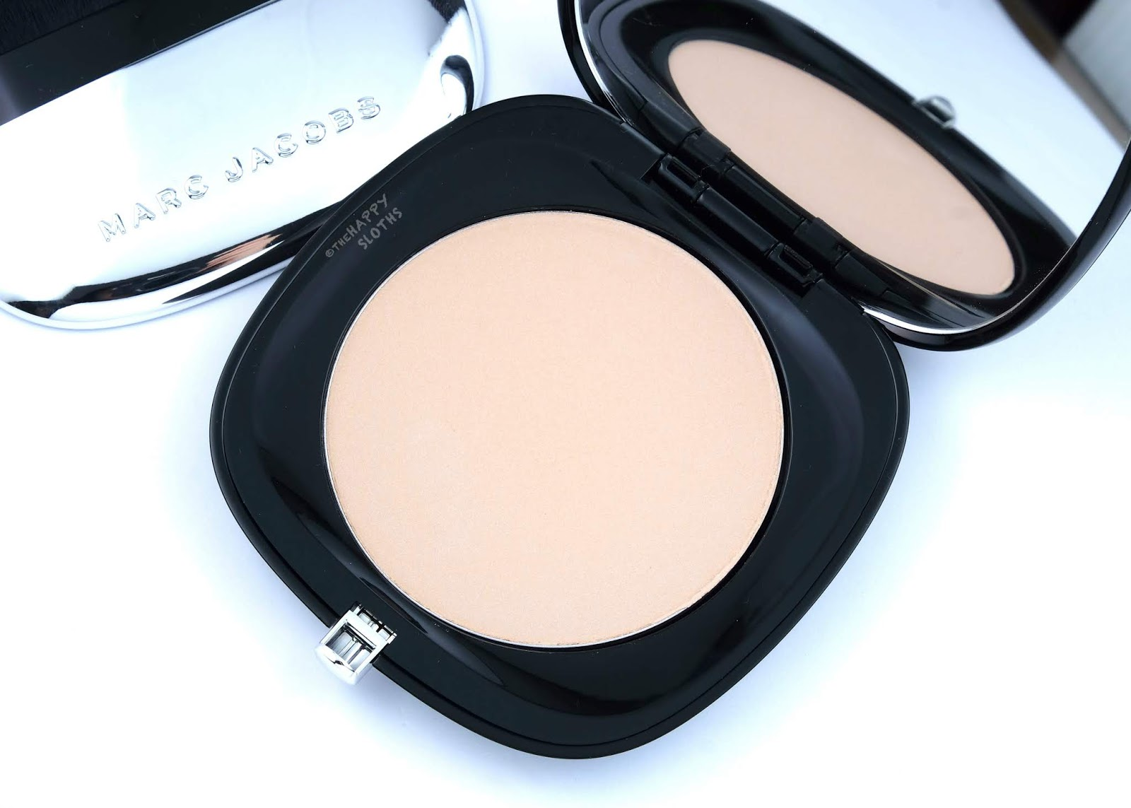 "Marc Jacobs | Accomplice Instant Blurring Beauty Powder in ""50 Ingénue"": Review and Swatches"