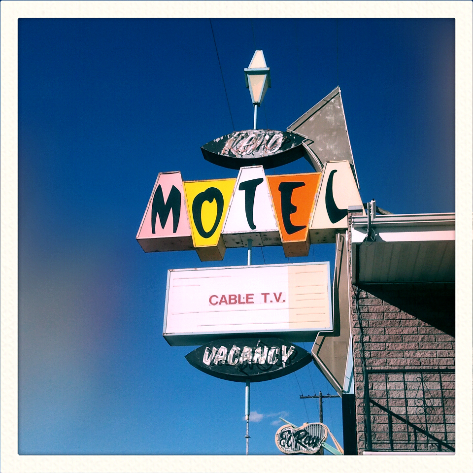 V48: Reno's Vintage Motel Signs