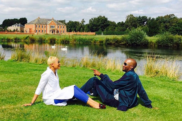 #TakeNotesDontHate - Uebert Angel shares loving moment with wife Beverly in their 13 acre garden – PICTURE