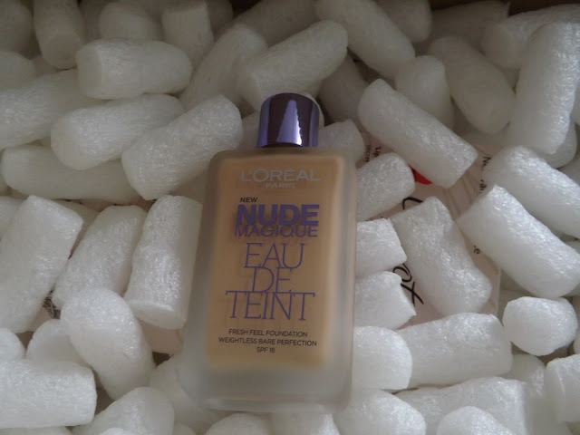 L'Oréal Paris Nude Magique Eau de Teint Foundation SPF 18 in 100 Porcelain