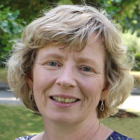Rachel Knowles, author 2018