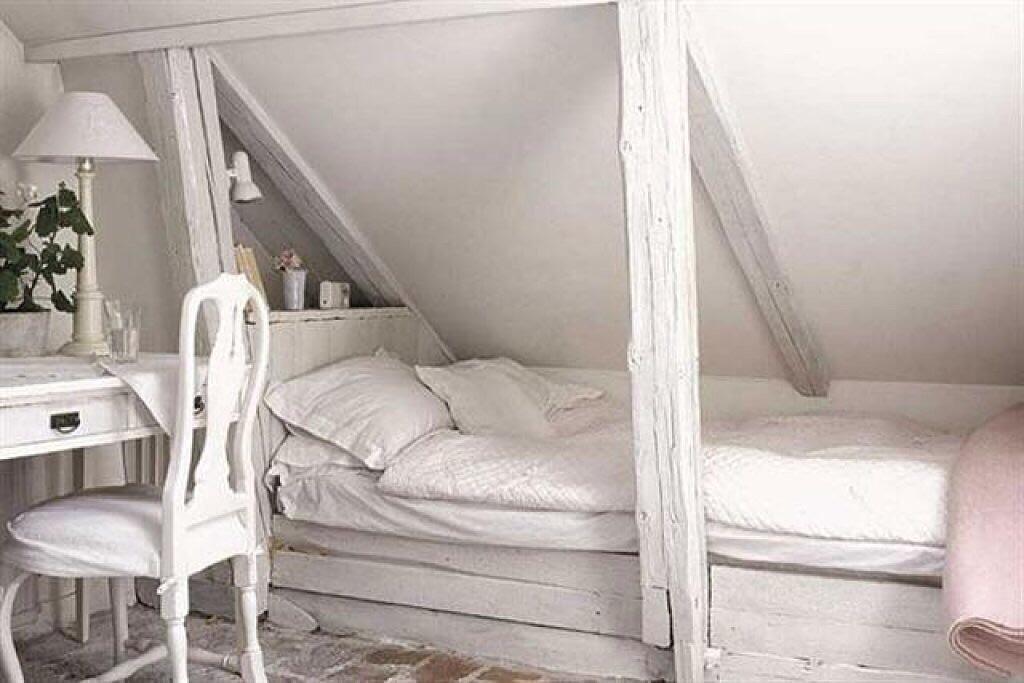 Arte y Arquitectura Dormitorios abuhardillados