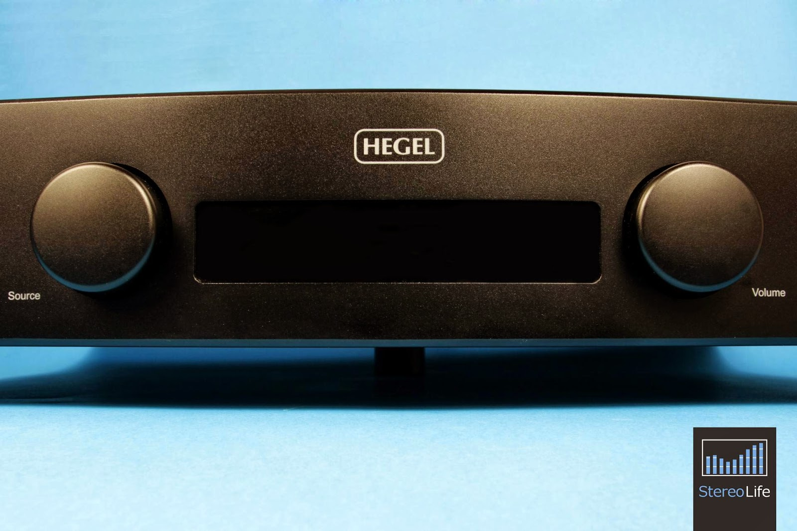 Mono and Stereo High-End Audio Magazine: Hegel H80