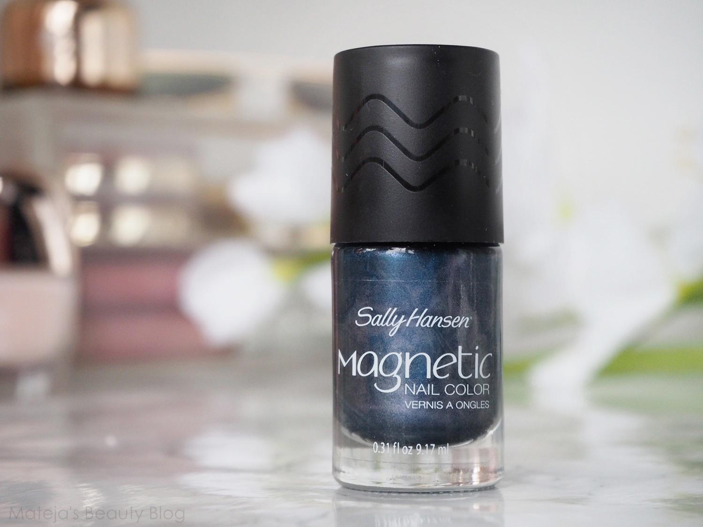 Sally Hansen Magnetic Nail Color 906 Ionic Indigo - Mateja\'s Beauty Blog