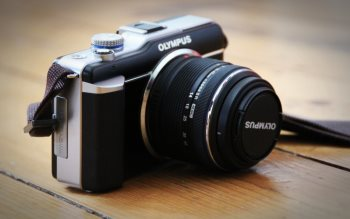 Wallpaper: Olympus & Sony Alpha 7