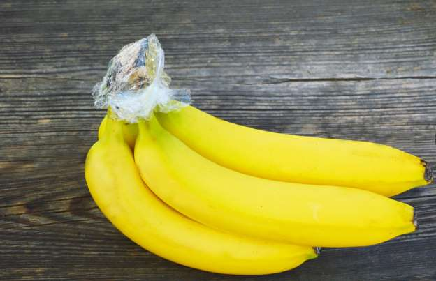 Here's How To Keep Your Banana From Turning Brown